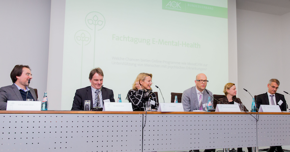 Foto Podiumsdiskussion Fachtagung E-Mental-Health - 18.10.16